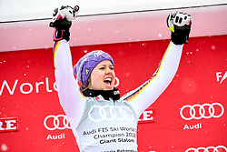 18.03.2018, Aare, SWE, FIS Weltcup Ski Alpin, Finale, Aare, Riesenslalom Weltcup, Damen, Siegerehrung, im Bild Mikaela Shiffrin (USA, Riesenslalom Weltcup 3. Platz, Slalom Weltcup und Gesamt Weltcup 1. Platz) // Overall World Cup winner Slalom World Cup winner and Giant Slalom World Cup third placed Mikaela Shiffrin of the USA during the winner Ceremony for the ladie's Giant Slalom Worlcup of FIS Ski Alpine World Cup finals in Aare, Sweden on 2018/03/18. EXPA Pictures © 2018, PhotoCredit: EXPA/ Erich Spiess
