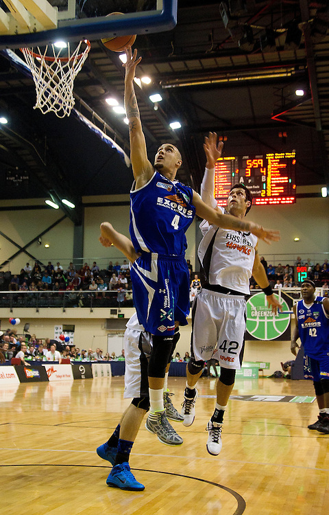 Wellington Saints Lindsay Tait shoots against the Hawkes Bay Hawks in the NBL Grand final at the TSB Arena, Wellington, New Zealand, Sunday, July 17, 2011. Credit:SNPA/Marty Melville