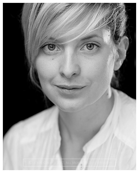 Headshot of actress Ailsa Courtney.