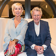 NLD/Naarden/20191031 - 50 jaar Jan des Bouvrie, Jan des Bouvrie en partner Monique