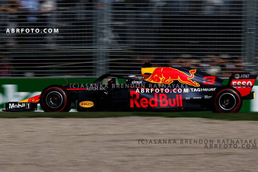 Red Bull driver Daniel Ricciardo of Australia during the 2018 Rolex Formula 1 Australian Grand Prix at Albert Park, Melbourne, Australia, March 24, 2018.  Asanka Brendon Ratnayake