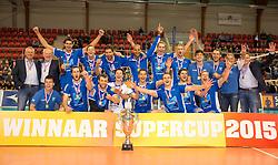 20151011 NED: Supercup Landstede Volleybal - Abiant Lycurgus,  Doetinchem<br /> De volleyballers van Lycurgus hebben op overtuigende wijze de Supercup veroverd. In Doetinchem werd landskampioen en bekerwinnaar Landstede met duidelijke cijfers geklopt: 25-16, 25-17, 25-19 / Vreugde bij Lycurgus