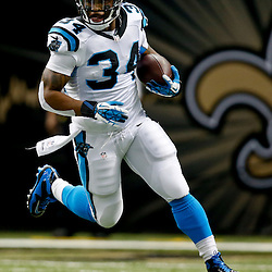 Dec 8, 2013; New Orleans, LA, USA; Carolina Panthers running back DeAngelo Williams (34) runs against the New Orleans Saints during the first quarter of a game at Mercedes-Benz Superdome. Mandatory Credit: Derick E. Hingle-USA TODAY Sports