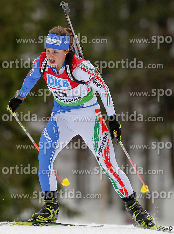 15.01.2011, Chiemgau Arena, Ruhpolding, GER, IBU Biathlon Worldcup, Ruhpolding, Sprint Women, im Bild Katja HALLER (ITA) // Katja HALLER (ITA) during IBU Biathlon World Cup in Ruhpolding, Germany, EXPA Pictures © 2011, PhotoCredit: EXPA/ S. Kiesewetter