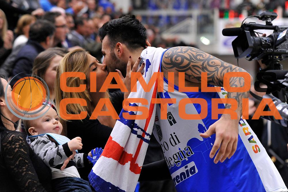 DESCRIZIONE : Campionato 2015/16 Serie A Beko Dinamo Banco di Sardegna Sassari - Consultinvest VL Pesaro<br /> GIOCATORE : Brian Sacchetti - Manuela Galistu<br /> CATEGORIA : Postgame - Ritratto<br /> SQUADRA : Dinamo Banco di Sardegna Sassari<br /> EVENTO : LegaBasket Serie A Beko 2015/2016<br /> GARA : Dinamo Banco di Sardegna Sassari - Consultinvest VL Pesaro<br /> DATA : 23/11/2015<br /> SPORT : Pallacanestro <br /> AUTORE : Agenzia Ciamillo-Castoria/C.Atzori