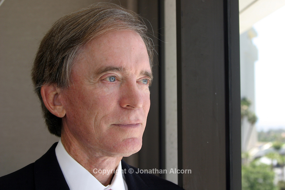 Jul 16, 2007 - Newport Beach, CA, USA - <br /> William &quot;Bill&quot; Gross is a founder, managing director and CIO of PIMCO based in the Newport Beach office. He has been with PIMCO since he co-founded the firm in 1971 and oversees the management of more than $1.9 trillion of securities. &copy; Copyright 2007 by Jonathan Alcorn