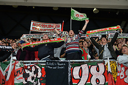 02.10.2015, Curt Frenzel Stadium, Augsburg, GER, DEL, Augsburger Panther vs Hamburg Freezers, 7. Runde, im Bild Jubel der Fans der Augsburger Panther<br /><br />AEV Augsburg Panther - Hamburg Freezers, DEL, Eishockey, Herren, Saison 2015 2016, 02.10.2015, Foto: Eibner // during the German DEL Icehockey League 7th round match between Augsburger Panther and Hamburg Freezers at the Curt Frenzel Stadium in Augsburg, Germany on 2015/10/02. EXPA Pictures © 2015, PhotoCredit: EXPA/ Eibner-Pressefoto/ Hiermayer<br /> <br /> *****ATTENTION - OUT of GER*****