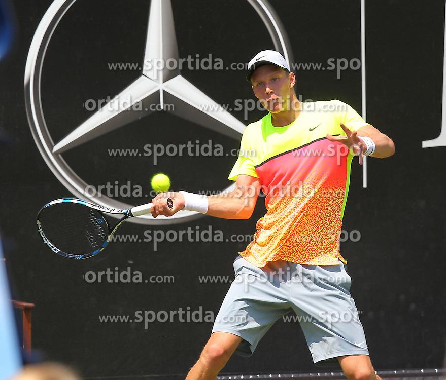 07.06.2015, Tennis Club Weissenhof, Stuttgart, GER, ATP Tour, Mercedes Cup Stuttgart, im Bild Jan Choinski ( GER ) // during the Mercedes Cup of ATP world Tour at the Tennis Club Weissenhof in Stuttgart, Germany on 2015/06/07. EXPA Pictures &copy; 2015, PhotoCredit: EXPA/ Eibner-Pressefoto/ Langer<br /> <br /> *****ATTENTION - OUT of GER*****
