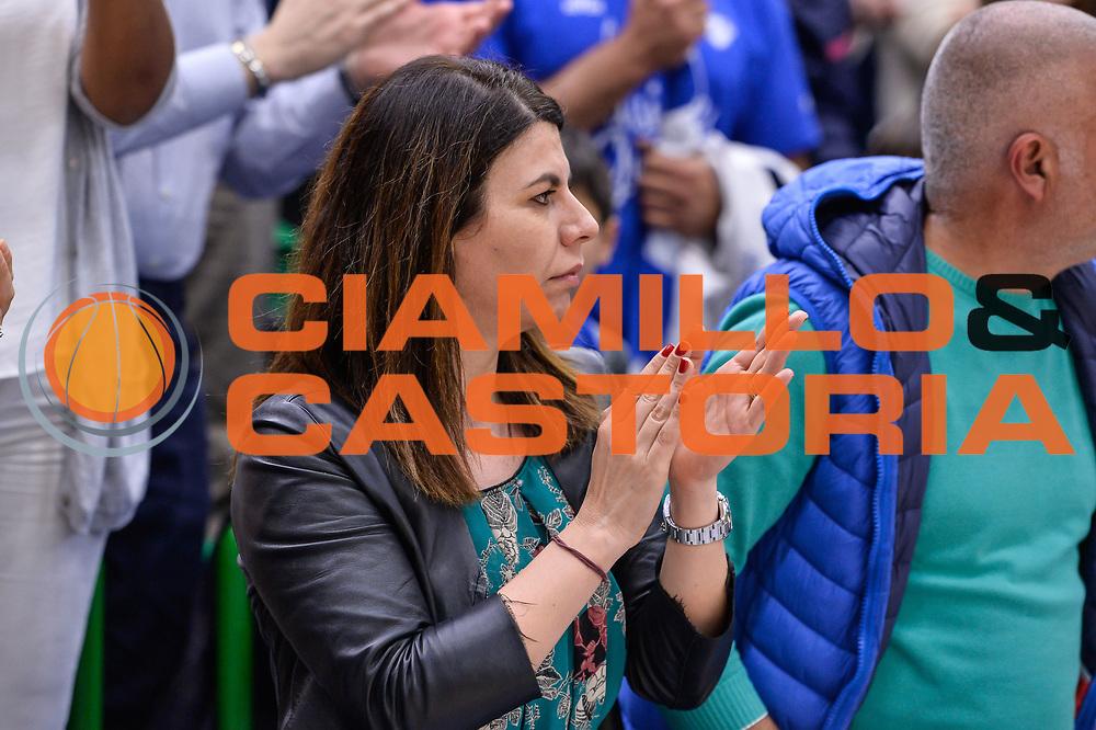 Geppi Cucciari<br /> Banco di Sardegna Dinamo Sassari - Dolomiti Energia Aquila Basket Trento<br /> Legabasket Serie A LBA Poste Mobile 2016/2017<br /> Playoff Quarti Gara3<br /> Sassari 16/05/2017<br /> Foto Ciamillo-Castoria