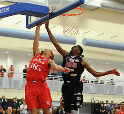 Bristol Flyers' Greg Streete challenges for the ball with Leicester Riders TrayVonn Wright - Photo mandatory by-line: Dougie Allward/JMP - Mobile: 07966 386802 - 13/03/2015 - SPORT - Basketball - Bristol - SGS Wise Campus - Bristol Flyers v Leicester Riders - British Basketball League