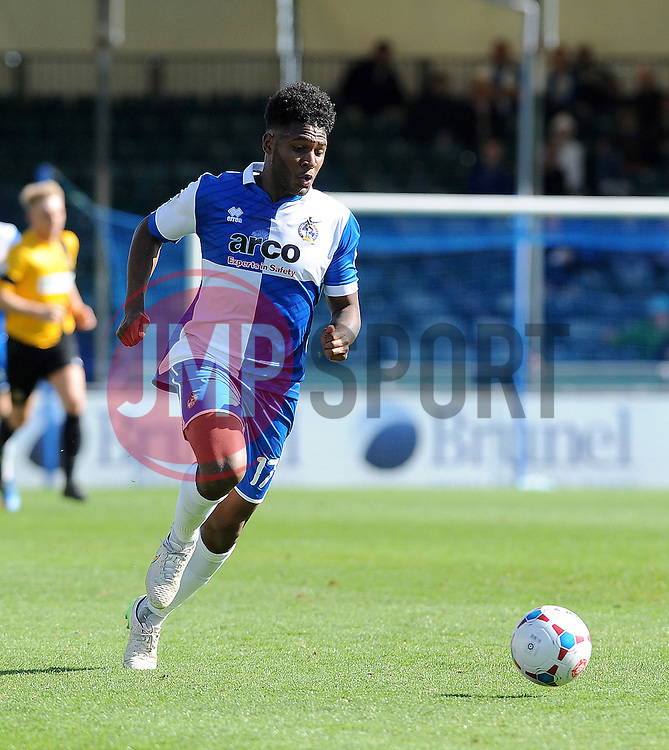 Bristol Rovers' Ellis Harrison - Photo mandatory by-line: Neil Brookman/JMP - Mobile: 07966 386802 - 11/04/2015 - SPORT - Football - Bristol - Memorial Stadium - Bristol Rovers v Southport - Vanarama Football Conference