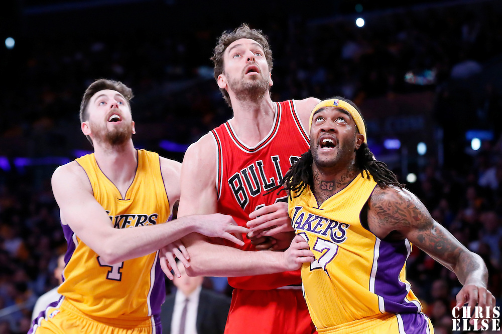 29 January 2015: Chicago Bulls forward Pau Gasol (16) vies for the rebound with Los Angeles Lakers center Jordan Hill (27) and Los Angeles Lakers forward Ryan Kelly (4) during the Los Angeles Lakers 123-118 2OT victory over the Chicago Bulls, at the Staples Center, Los Angeles, California, USA.