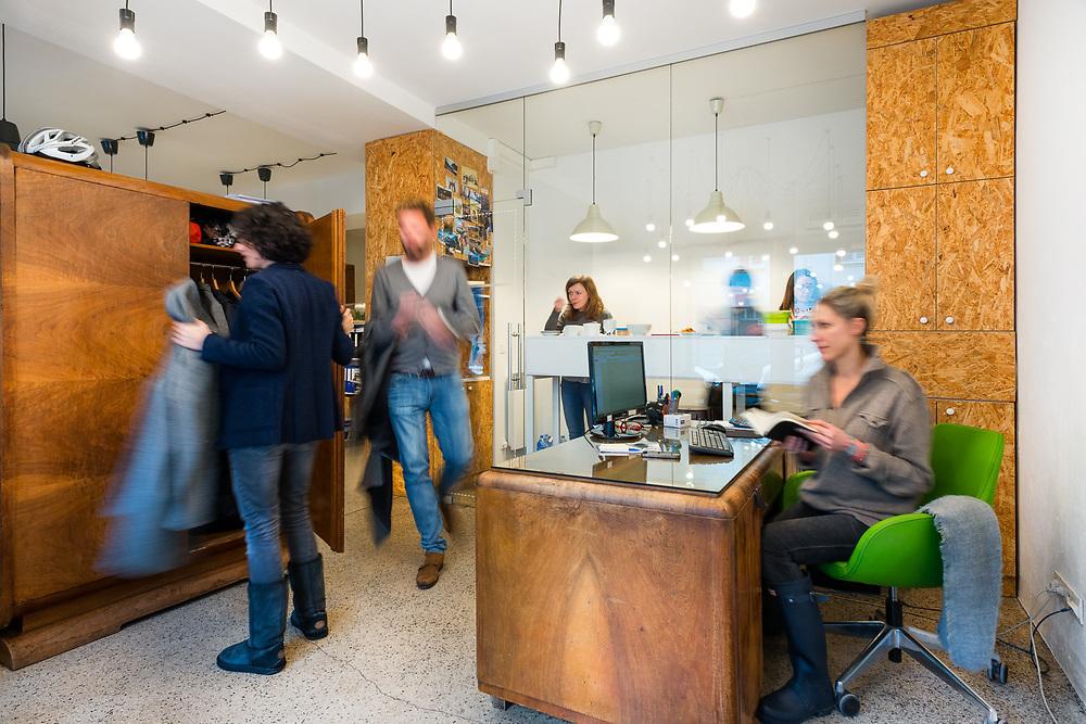 biuro Miastologii     projekt wnętrza: Karolina Bill