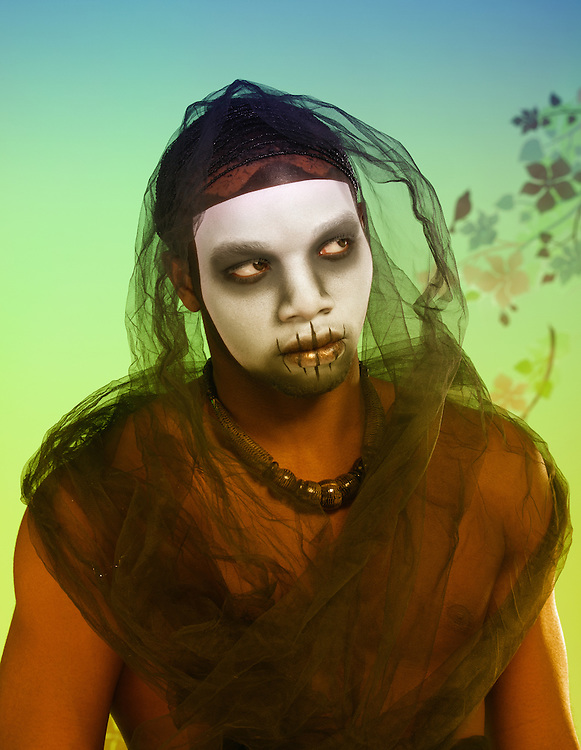 Model: Genkai.Makeup: Jennifer Ruth.Fashion stylist: Jihan Amer.Set decorator: Guen Gianfranchi.Photography: Lloyd K. Barnes