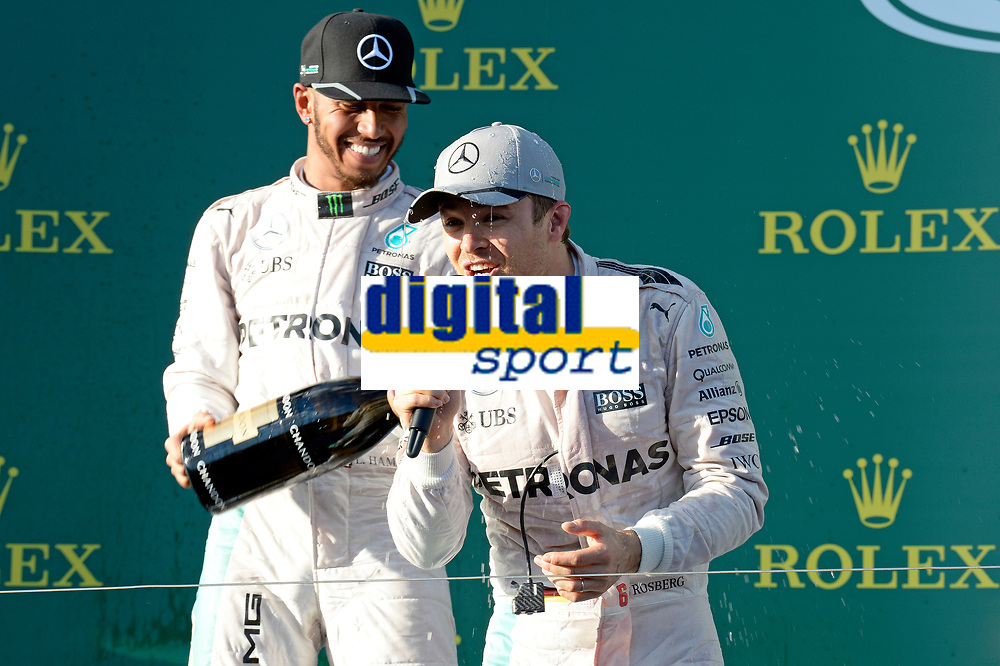 ROSBERG Nico (ger) Mercedes GP MGP W07 ambiance portrait - HAMILTON Lewis (gbr) Mercedes GP MGP W07 ambiance portrait - podium during 2016 Formula 1 championship at Melbourne, Australia Grand Prix, from March 18 To 20 - Photo Eric Vargiolu / DPPI