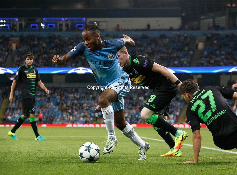 14.09.2016. The Etihad, Manchester, England. UEFA Champions League Football. Manchester City versus Borussia Monchengladbach. Manchester City striker Raheem Sterling (7) turns his defenders and drives into the penalty area.
