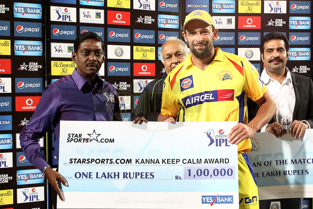 Former Indian cricketer Mr Laxman Sivaramakrishnan presents Ben Hilfenhaus of The Chennai Super Kings the Kanna Keep Calm Award during match 21 of the Pepsi Indian Premier League Season 2014 between the Chennai Superkings and the Kolkata Knight Riders  held at the JSCA International Cricket Stadium, Ranch, India on the 2nd May  2014<br /> <br /> Photo by Shaun Roy / IPL / SPORTZPICS<br /> <br /> <br /> <br /> Image use subject to terms and conditions which can be found here:  http://sportzpics.photoshelter.com/gallery/Pepsi-IPL-Image-terms-and-conditions/G00004VW1IVJ.gB0/C0000TScjhBM6ikg