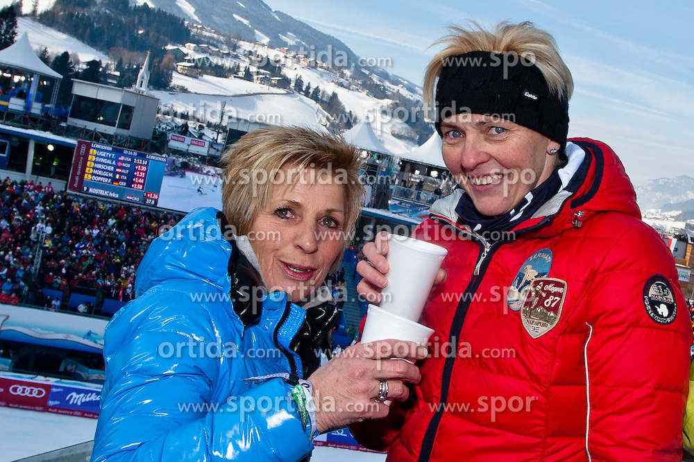 15.02.2013, Planai, Schladming, AUT, FIS Weltmeisterschaften Ski Alpin, Riesenslalom, Herren, 1. Durchgang, im Bild v.l.n.r.: Sylvia Hirscher (Mutter von Marcel Hirscher) mit Freundin Wally // Sylvia Hirscher (mother of Marcel Hirscher) with friend Wally in action during 1st run of the Mens Giant Slalom at the FIS Ski World Championships 2013 at the Planai Course, Schladming, Austria on 2013/02/15. EXPA Pictures © 2013, PhotoCredit: EXPA/ Markus Casna