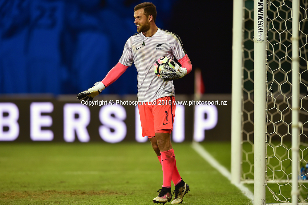 All Whites goalkeeper Stefan Marinovic.<br /> Washington, D.C. - October 11, 2016: The U.S. Men's National team take on New Zealand in an international friendly game at RFK Stadium.<br /> Copyright photo: Brad Smith / www.photosport.nz