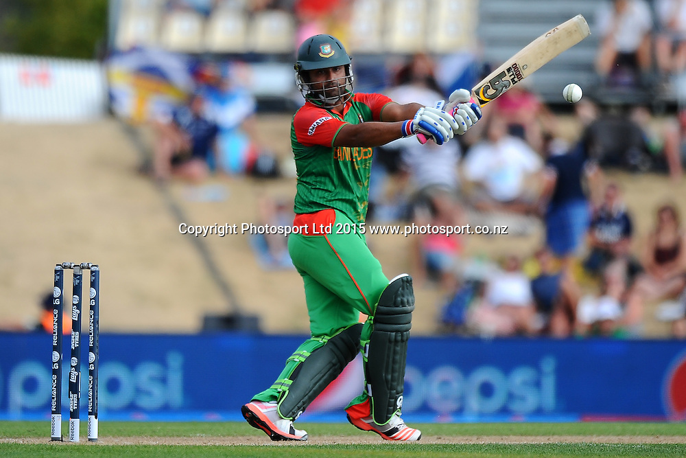 Bangladesh player Tamin Iqbal during the 2015 ICC Cricket World Cup match between Bangladesh v Scotland. Saxton Oval, Nelson, New Zealand. Thursday 5 March 2015. Copyright Photo: Chris Symes / www.photosport.co.nz