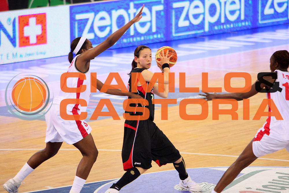 DESCRIZIONE : Madrid 2008 Fiba Olympic Qualifying Tournament For Women Senegal Japan <br /> GIOCATORE : Rika Tanaka <br /> SQUADRA : Japan Giappone <br /> EVENTO : 2008 Fiba Olympic Qualifying Tournament For Women <br /> GARA : Senegal Japan Giappone <br /> DATA : 10/06/2008 <br /> CATEGORIA : Passaggio <br /> SPORT : Pallacanestro <br /> AUTORE : Agenzia Ciamillo-Castoria/S.Silvestri <br /> Galleria : 2008 Fiba Olympic Qualifying Tournament For Women <br /> Fotonotizia : Madrid 2008 Fiba Olympic Qualifying Tournament For Women Senegal Japan <br /> Predefinita :