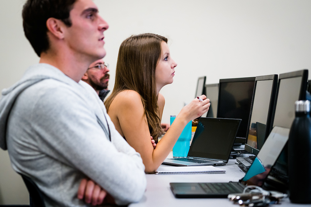 SARASOTA, FL -- August 19, 2016 -- Students take a data munging class at New College of Florida in Sarasota, Florida. (PHOTO / New College of Florida, Chip Litherland)