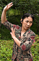 This woman combines meditation, exercise and entertainment by performing traditional Chinese opera in the park.