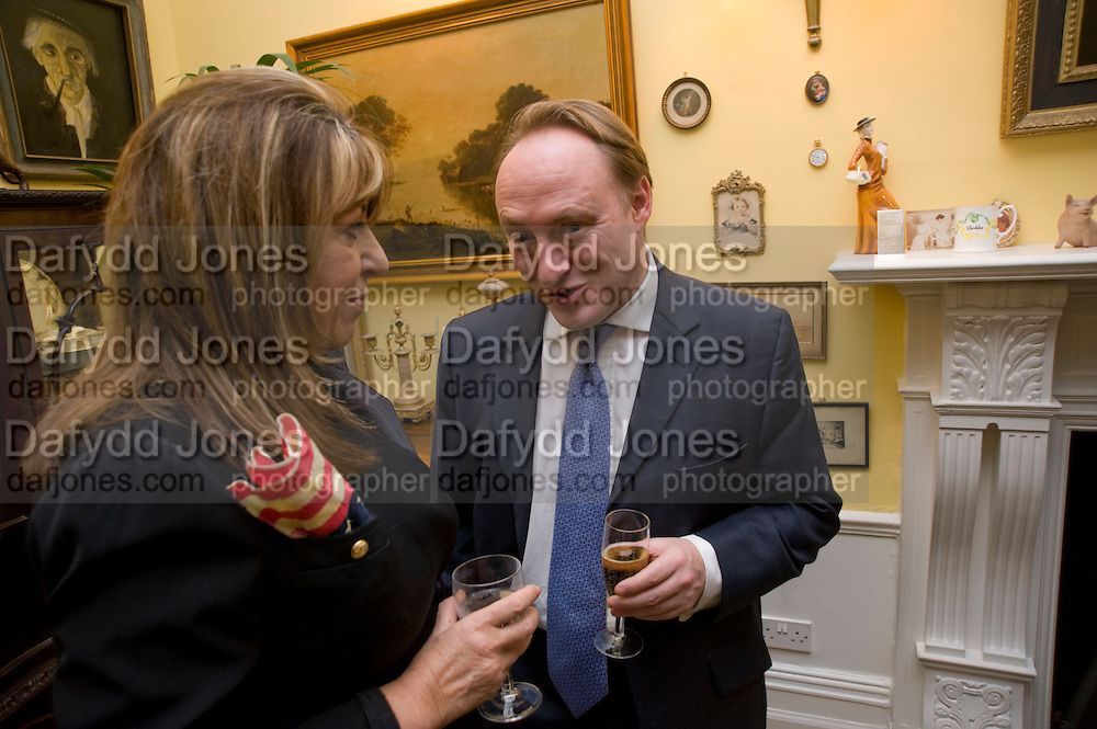 EVE POLLARD; ANDREW ROBERTS, Mrs. Richard Briggs at home to celebrate Catherine Meyer's birthday. Sloane Gardens. London. 28 January 2009 *** Local Caption *** -DO NOT ARCHIVE-© Copyright Photograph by Dafydd Jones. 248 Clapham Rd. London SW9 0PZ. Tel 0207 820 0771. www.dafjones.com.<br /> EVE POLLARD; ANDREW ROBERTS, Mrs. Richard Briggs at home to celebrate Catherine Meyer's birthday. Sloane Gardens. London. 28 January 2009