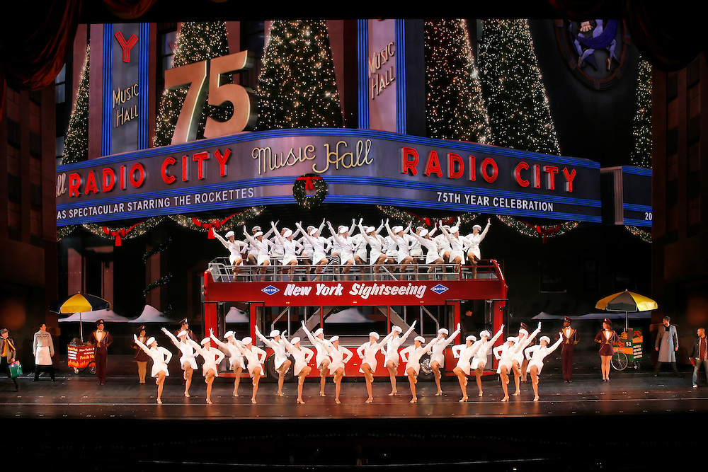 Radio City Christmas Spectacular.75th Anniversary.11/07/07 .Credit Photo: ©2007 Paul Kolnik.Paul Kolnik Studio.New York, NY  10024.t: 212.362.7778.studio@paulkolnik.com