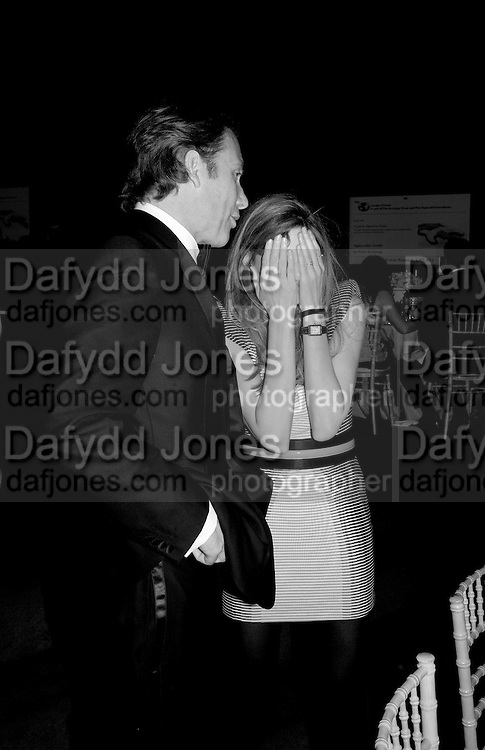 DAMIAN ASPINALL; JEMIMA KHAN, The Ormeley dinner in aid of the Ecology Trust and the Aspinall Foundation. Ormeley Lodge. Richmond. London. 29 April 2009