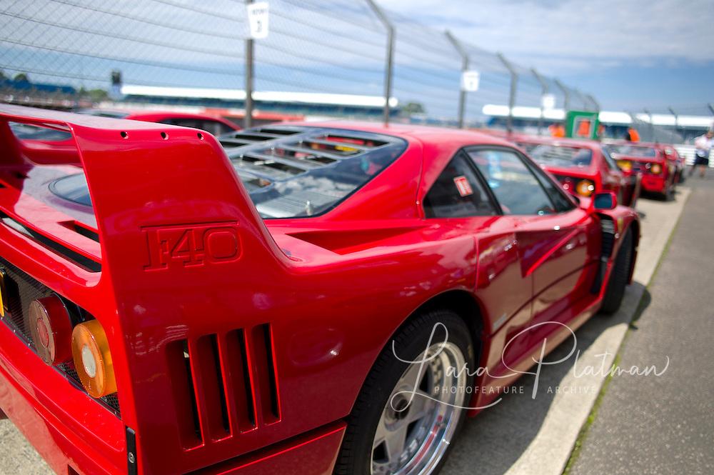 Silverstone Classic 2012, Ferrari F40, 25th anniversary parade,
