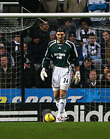 Photo: Andrew Unwin.<br />Newcastle United v Tottenham Hotspur. The Barclays Premiership. 23/12/2006.<br />Newcastle's Pavel Srnicek.