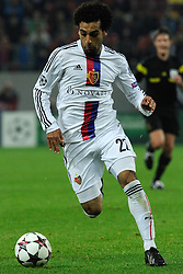 22.10.2013, Ghencea Stadion, Bukarest, ROU, UEFA CL, Steaua Bukarest vs FC Basel, im Bild Mohamed Salah (Basel) // during the UEFA Champions League group E match between Steaua Bukarest and FC Basel at the Ghencea Stadion in Bukarest, Romania on 2013/10/22. EXPA Pictures © 2013, PhotoCredit: EXPA/ Freshfocus/ Andy Mueller<br /> <br /> *****ATTENTION - for AUT, SLO, CRO, SRB, BIH, MAZ only*****