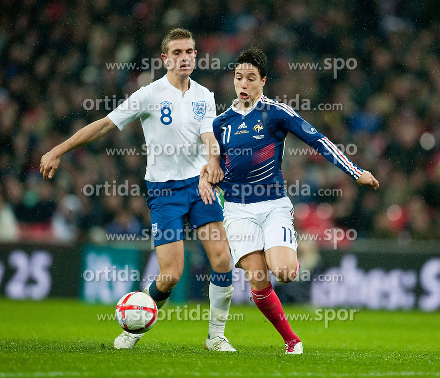 17.11.2010, Wembley Stadium, London, ENG, Freundschaftliches Laenderspiel, England vs Frankreich, im Bild England's Jordan Henderson in action against France's Samir Nasri// during the International Friendly match England vs France in London at Wembley Stadium on 17/11/2010, EXPA Pictures © 2010, PhotoCredit: EXPA/ Propaganda/ D. Rawcliffe *** ATTENTION *** UK OUT!