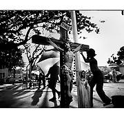 """Autor de la Obra: Aaron Sosa<br /> Título: """"Serie: Venezuela Cotidiana""""<br /> Lugar: Achaguas, Estado Apure - Venezuela <br /> Año de Creación: 2002<br /> Técnica: Captura digital en RAW impresa en papel 100% algodón Ilford Galeríe Prestige Silk 310gsm<br /> Medidas de la fotografía: 33,3 x 22,3 cms<br /> Medidas del soporte: 45 x 35 cms<br /> Observaciones: Cada obra esta debidamente firmada e identificada con """"grafito – material libre de acidez"""" en la parte posterior. Tanto en la fotografía como en el soporte. La fotografía se fijó al cartón con esquineros libres de ácido para así evitar usar algún pegamento contaminante.<br /> <br /> Precio: Consultar<br /> Envios a nivel nacional  e internacional."""