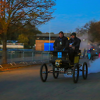 Locomobile (steam)  Spindle Seat    1899    Driven By   Mr Kempton Moody, Bonhams London to Brigthon Veteran Car Run Supported by Hiscox,, 06/11/2016,
