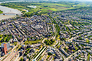 Nederland, Gelderland, Nijmegen, 29-05-2019; overzicht historisch binnenstad Nijmegen, omgeving van de rotonde van het Keizer Karelplein. Foto naar het Oosten, rivier de Waal, Ooijpolder.<br /> Historic city center Nijmegen.<br /> luchtfoto (toeslag op standard tarieven);<br /> aerial photo (additional fee required);<br /> copyright foto/photo Siebe Swart