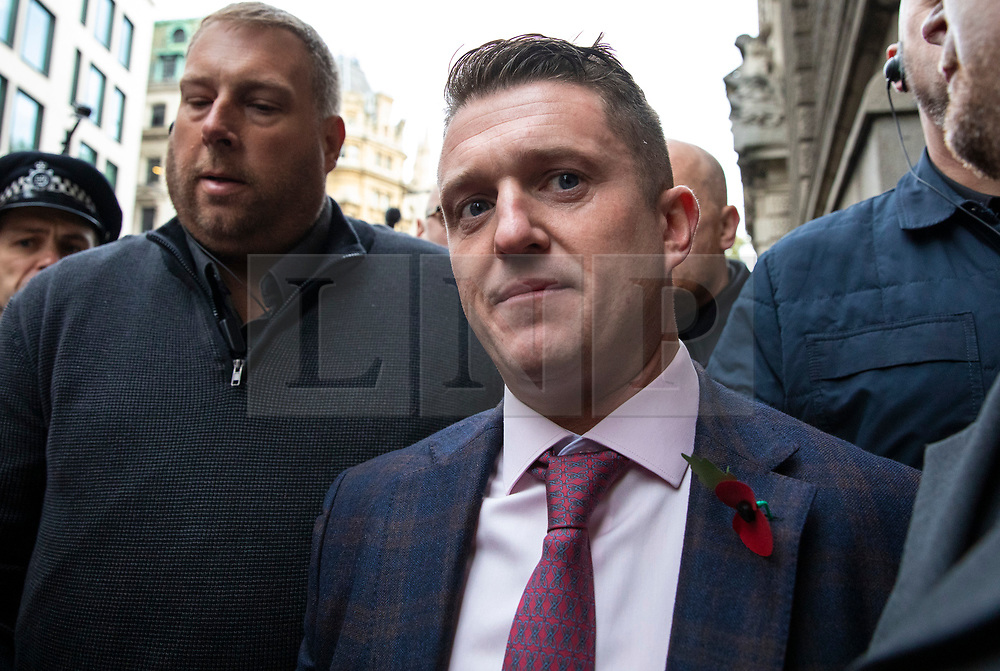 © Licensed to London News Pictures. 23/10/2018. London, UK. Former English Defence League leader Tommy Robinson arrives outside the Old Bailey in London, where he is accused of contempt of court for breaking reporting restrictions around the Huddersfield grooming gang trial. Photo credit: Rob Pinney/LNP