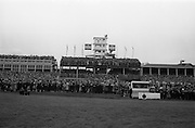 08/05/1965<br /> 05/08/1965<br /> 08 May 1965<br /> The 1965 Gold Flake Meeting at Leopardstown Racecourse, Co. Dublin. Image shows A view of the stands and media tower at the race course.