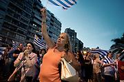 Uruguay / Montevideo / 2018<br /> Concentraci&oacute;n en apoyo a los reclamos de productores rurales en Av. Brasil y la rambla. La manifestaci&oacute;n fue convocada bajo el nombre de Vigilia y se realiz&oacute; en numerosos puntos del pa&iacute;s. Montevideo, 31/01/2018.<br /> Foto: Ricardo Ant&uacute;nez / adhocFOTOS