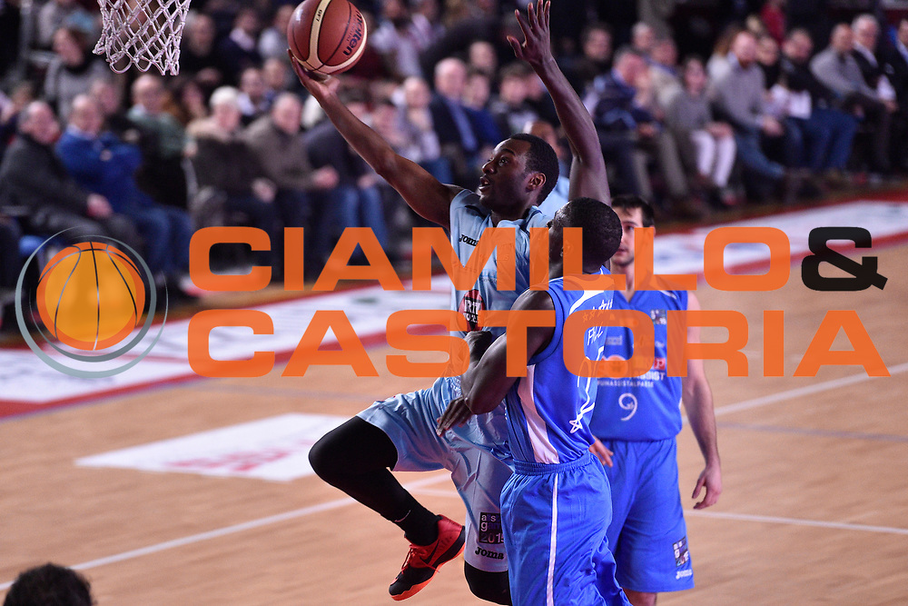 DESCRIZIONE : Mantova LNP 2014-15 All Star Game 2015<br /> GIOCATORE : Deloach Michael<br /> CATEGORIA : Tiro Penetrazione Sottomano<br /> EVENTO : All Star Game LNP 2015<br /> GARA : All Star Game LNP 2015<br /> DATA : 06/01/2015<br /> SPORT : Pallacanestro <br /> AUTORE : Agenzia Ciamillo-Castoria/ GiulioCiamillo<br /> Galleria : LNP 2014-2015 <br /> Fotonotizia : Mantova LNP 2014-15 All Star game 2015<br /> Predefinita :