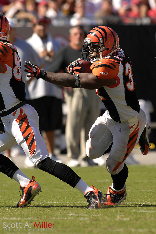 Oct. 15, 2006; Tampa, FL, USA; Cincinnati Bengals running back (32) Rudi Johnson in action during the Bengals game against the Tampa Bay Buccaneers at Raymond James Stadium. ...©2006 Scott A. Miller