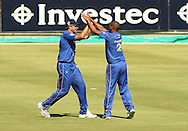Vernon Philander and Justin Kemp celebrate a wicket during the first leg of the semi-final in the Standard Bank Pro20 series between the Nashua Mobile Cape Cobras and the Nashua Titans played at Sahara Park Newlands in Cape Town, South Africa on 27 February 2011. Photo by Jacques Rossouw/SPORTZPICS