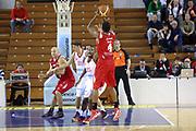 DESCRIZIONE : Varese Lega A 2013-14 Cimberio Varese vs Grissin Bon Reggio Emilia <br /> GIOCATORE : White<br /> CATEGORIA : Tiri<br /> SQUADRA : Reggio Emilia<br /> EVENTO : Campionato Lega A 2013-2014<br /> GARA : Cimberio Varese Grissin Bon Reggio Emilia<br /> DATA : 13/10/2013<br /> SPORT : Pallacanestro <br /> AUTORE : Agenzia Ciamillo-Castoria/I.Mancini<br /> Galleria : Lega Basket A 2012-2013  <br /> Fotonotizia : Cimberio Varese  Lega A 2013-14 Cimberio Varese vs Grissin Bon Reggio Emilia<br /> Predefinita :