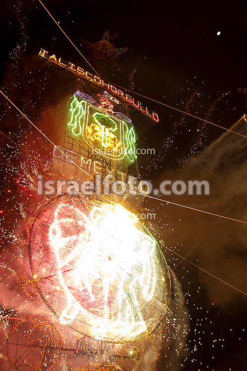 Fireworks at the annual contest in Tultepec.