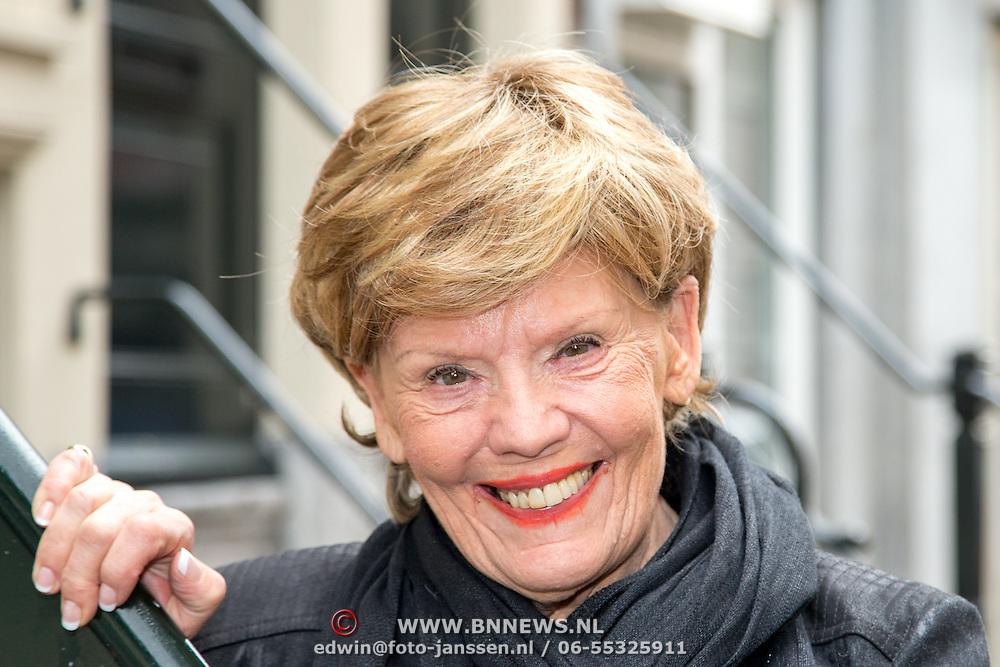 NLD/Amsterdam/20151119 - Perspresentatie Sinatra 100, Greetje Kauffeld