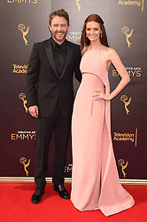 Chris Hardwick, Lydia Hearst bei der Ankunft zur Verleihung der Creative Arts Emmy Awards in Los Angeles / 110916 <br /> <br /> *** Arrivals at the Creative Arts Emmy Awards in Los Angeles, September 11, 2016 ***