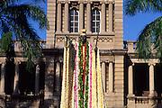 King Kamehameha statue, Honolulu, Hawaii<br />