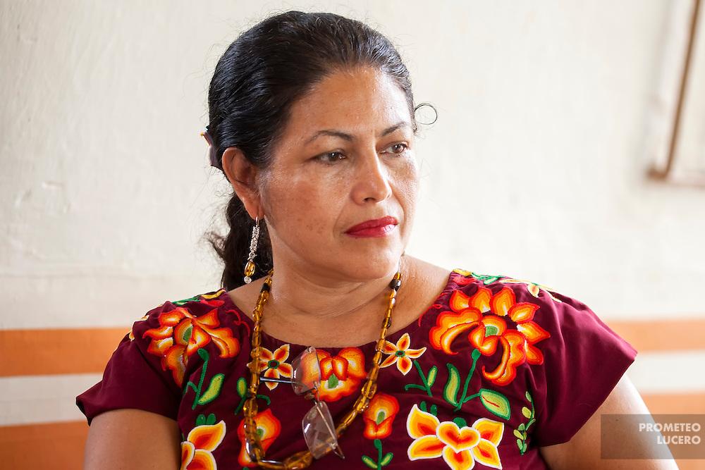 Bettina Cruz, ingeniera agrícola de origen zapoteca e integrante de la Asamblea Popular de los Pueblos de Juchitán, ha sido perseguida judicialmente tras participar en protestas y amenazada de muerte. Aún enfrenta un proceso desde 2012. (FOTO: Prometeo Lucero)