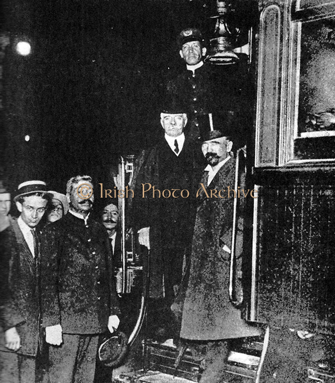 Francisco Ignacio Madero Gonzalez (1873-1913)  Madero, Mexican  writer, politician and revolutionary and a leader of the Mexican Revolution 1910-1913, President of Mexico 1911-1913, right, with Francisco Leon de la Barra y Quijano (1863-1939) Mexican diplomat and interim President 25 May to 5 November 1911.